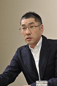 現代美術家の宮島達男さん
